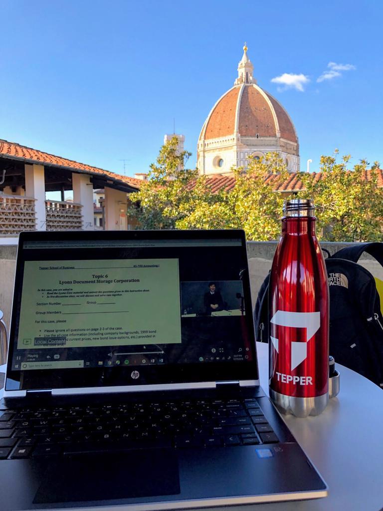 Class at Italy's Piazza del Duomo: No Problem!